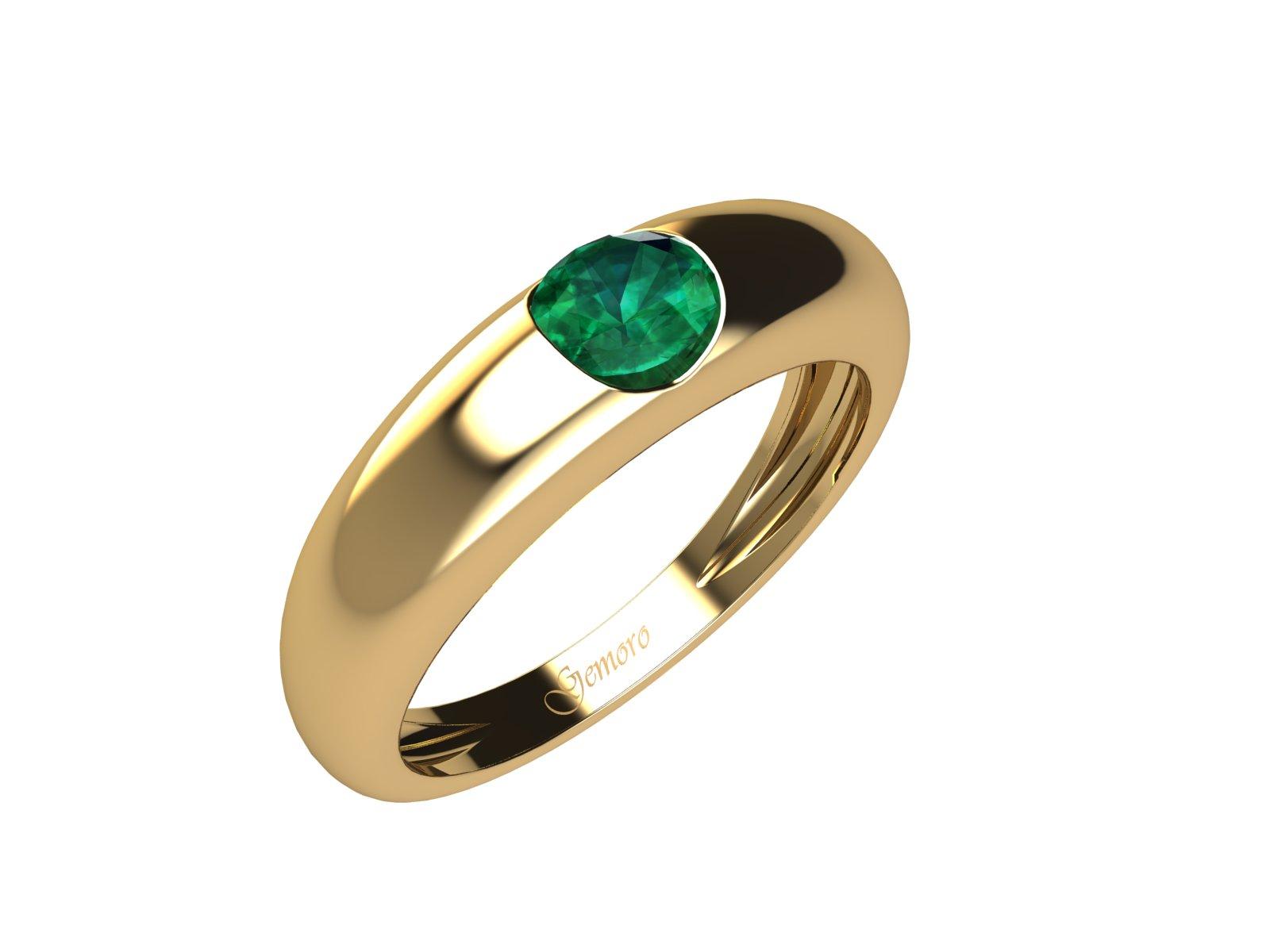 AC403GIA.SM – Anello in oro giallo 18kt con Smeraldo Naturale